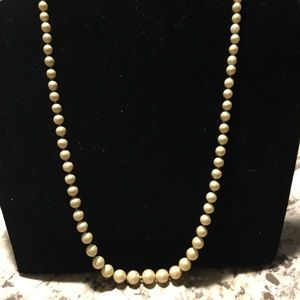 Vintage Avon pearl necklace